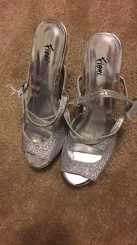 pair of gray leather open toe ankle strap heels Newport News, 23608