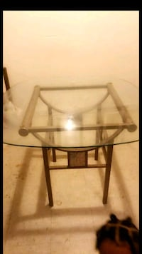 Glass Table  North Little Rock, 72114