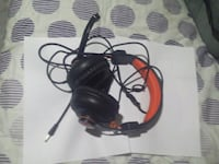 Blackweb gaming headphones  Toronto, M6H 2X6