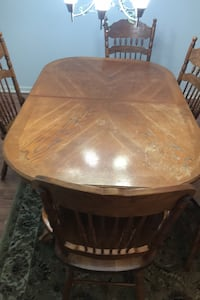 Table 65 (w ext of 18) x 41 & 5 chairs w free deliver around antioch