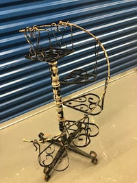 Antique iron plant stand  Biloxi, 39531