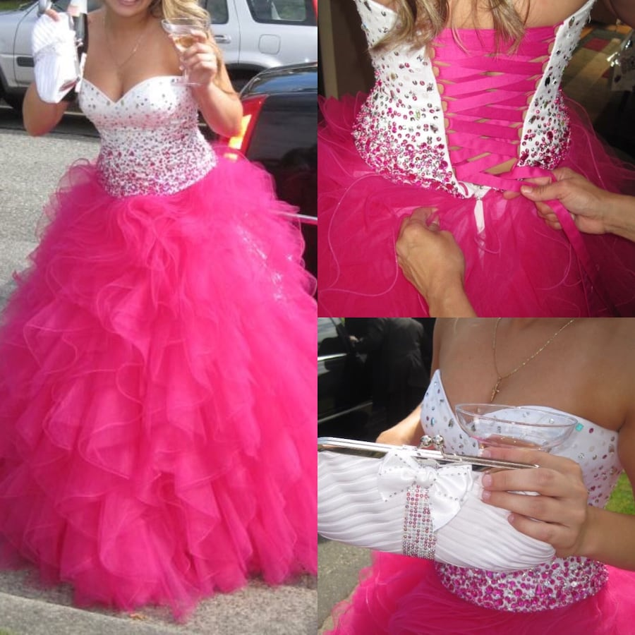 Women's white and pink sweetheart neckline tulle gown
