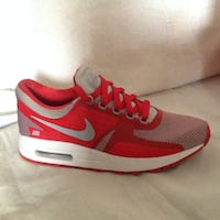 Air max rouge et blanches taille 38 Montpellier