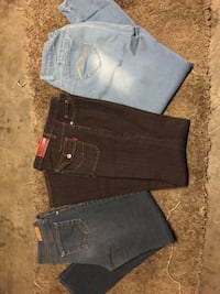 Jeans size 9/10 and 11 Las Vegas, 89120