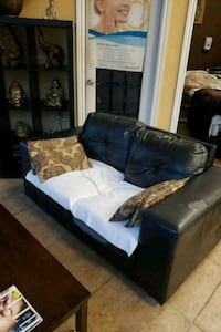 Couch Surrey, V3W 1R1