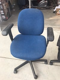 blue and black rolling armchair Manteca, 95337