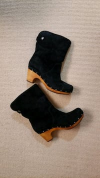 Ugg Boots - women size 7