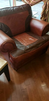 leather sofa chair with futon  Laval, H7T 2S7