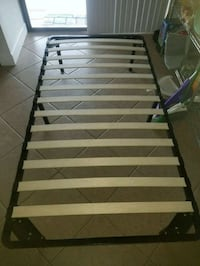 Twin bed frame  Cooper City