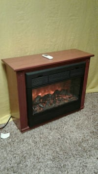 FIREPLACE/ HEATER with remote  Zion, 60099