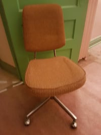 Desk Chair - $15 Toronto
