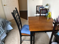 Table and two chairs (wood) Arlington