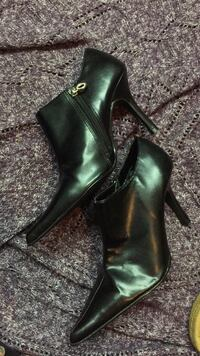 Women's black faux leather dress shoes St Catharines, L2S 3M2