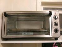Oven works in a good condition.