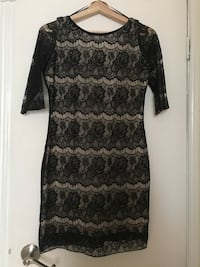 Lace dress size m Toronto, M6P 1T3