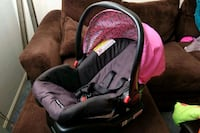 baby's black and pink car seat carrier Springfield, 22151