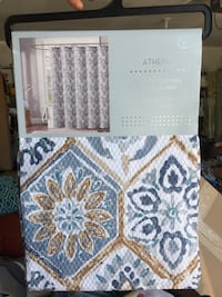 White and blue floral area rug Las Vegas, 89154