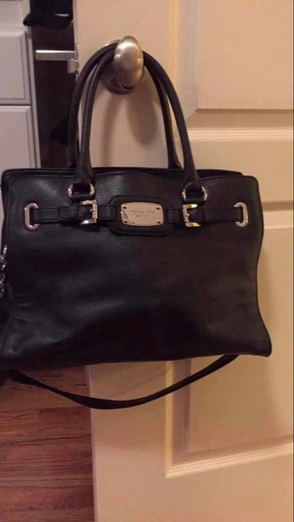 566f3cf9f826ea ... top quality used like new michael kors purse w matching wallet for sale  in marietta letgo