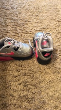 pair of gray-and-pink Nike running shoes Temple Hills, 20748