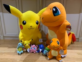 Pokémon plush set