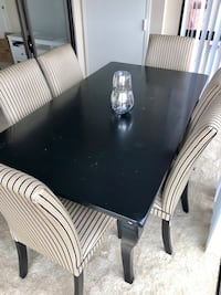 Dining Table from Pottery Barn (just Table) Alexandria, 22314