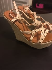 Wedge Sandals  Charles Town, 25414