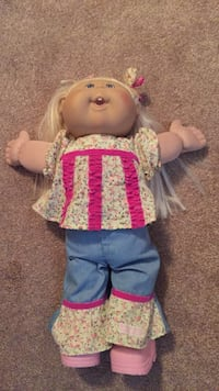 Cabbage patch doll. Like new   Chantilly, 20152