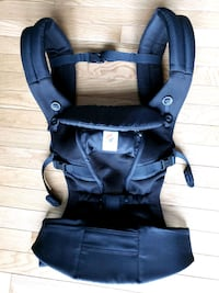 Like NEW Ergobaby Baby Carrier Alexandria, 22312