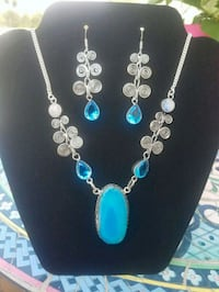 Lovely blue agate with moonstone necklace and earr Howell Township, 07731