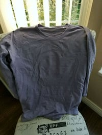Lululemon purple 3/4 long sleeve Burnaby