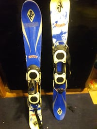 two blue and yellow snowboard Akron, 44306