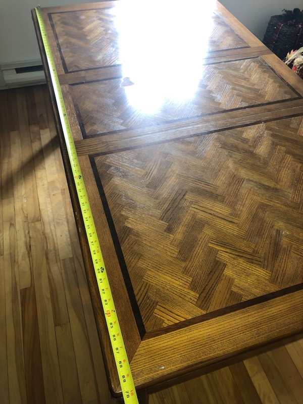 Wooden Stained Dining Room Table 27399fa2-752b-4570-8455-e45092ab0849
