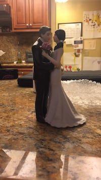 Bride and groom ceramic figurine