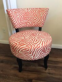 Decorators Accent chair Aliso Viejo, 92656