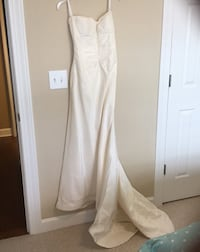 Beautiful wedding dress  size 6 Louisville, 40299