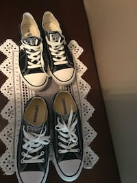 2 -pairs of converse low-cuts. Green and black—unisex — women's size-8-    Men's. size—6- , $50 for both pairs ,, $30 each separated. Like in new condition . Brampton, L6S 2Z5