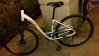 FUJI CROSSTOWN ONE:3  FRONT AND BACK DISK BRAKES missing gear cables Surrey, V3W 5B5