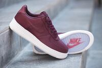 Ubrukte NikeLab Air Force 1 Maroon Oslo, 0957