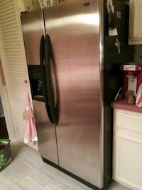 stainless steel side by side refrigerator with dispenser Gaithersburg, 20878
