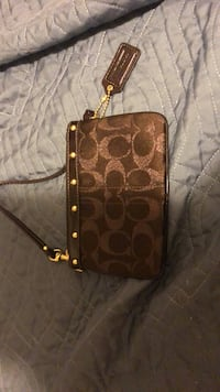 ONLY 10$ COACH WRISTLET- REAL and NEW!! SERIOUS BUYERS!!!! Hamilton, L0R 1C0