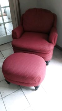 calico corners custom  chair  and ottoman  mint condition