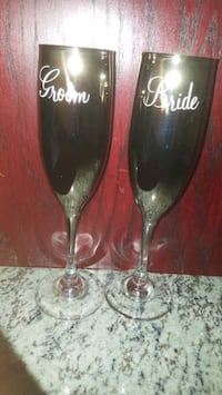 Groom and Bride Champagne Flutes