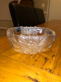 Crystal bowl Dumfries, 22025