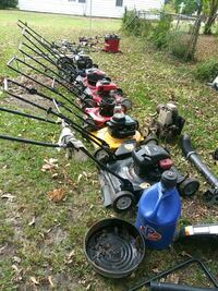 6 Mowers , 9 weeders ,2 chainsawer , parts only.