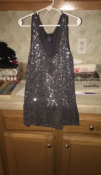 rue 21 shirt size medium  Mosheim, 37818