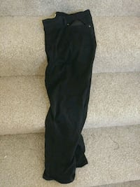 Size 16 pants Fort Belvoir, 22060