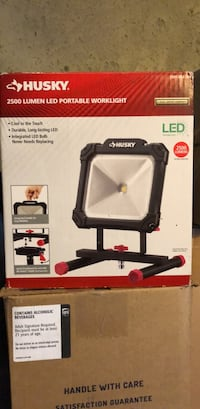 Husky 2500 Lumen Work-light  Sturbridge, 01566