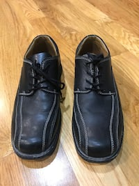 Mens Shoes Northford, 06472