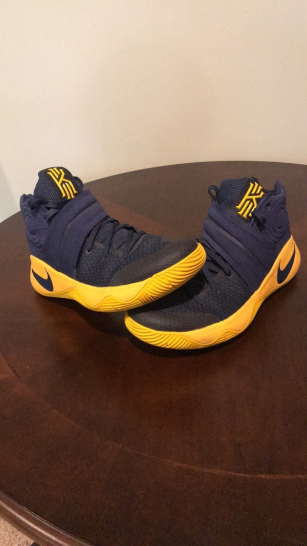 watch 3e051 227d1 Blue and yellow Kyrie 2's 'cavs'