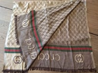 Gorgeous Gucci scarf